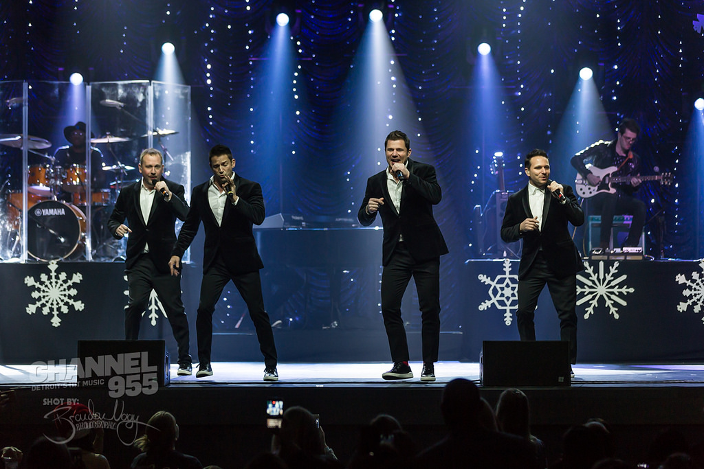 98 Degrees Christmas Concert