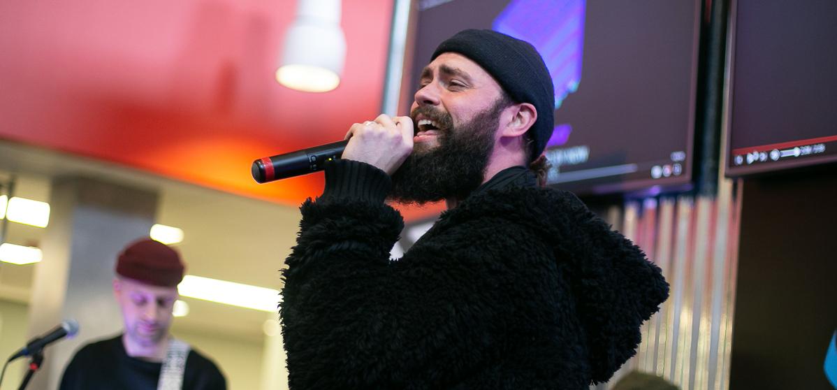 Mikky Ekko performs for ALT 1067